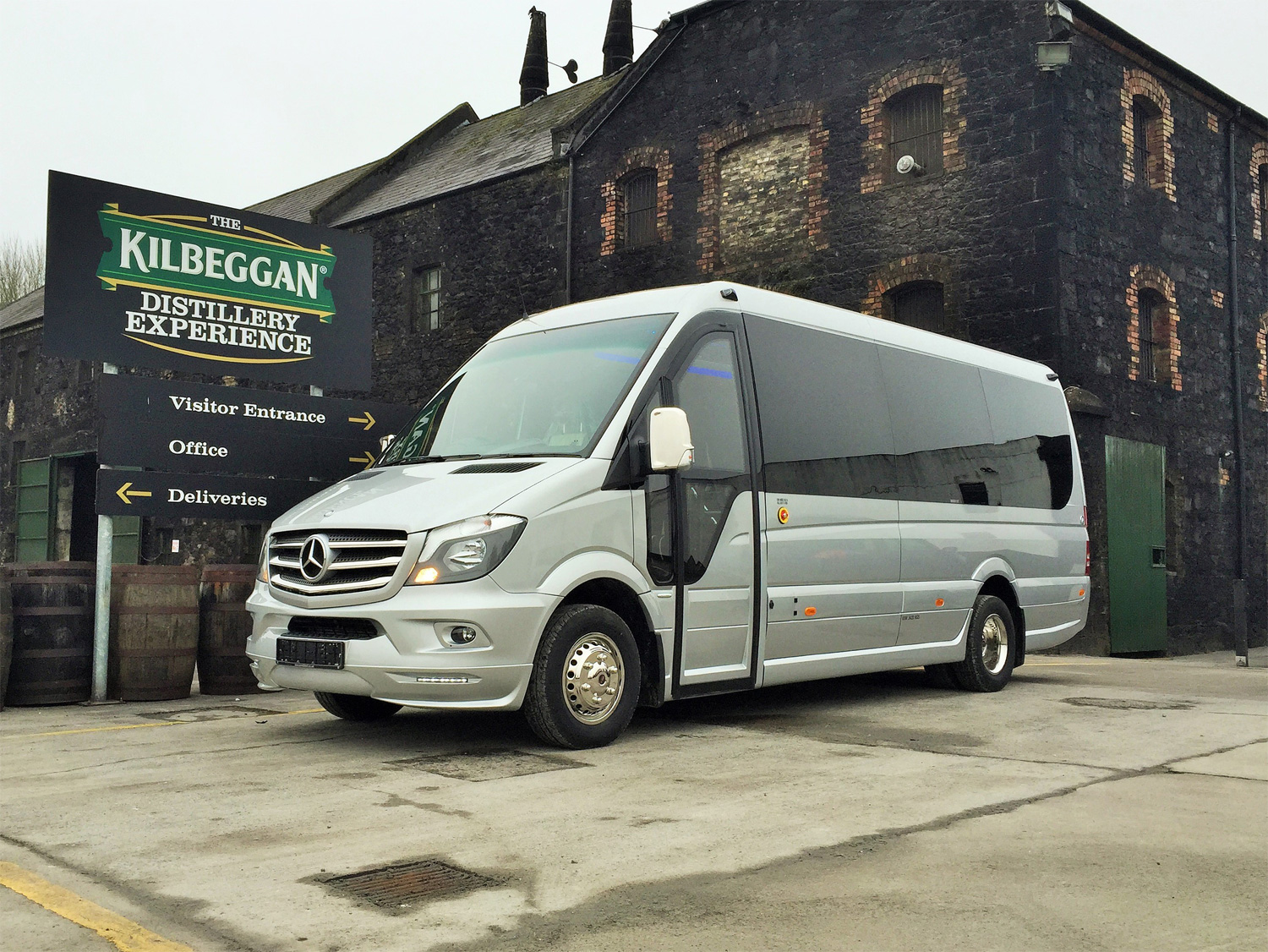 Mercedes-Benz 16 Seater VIP